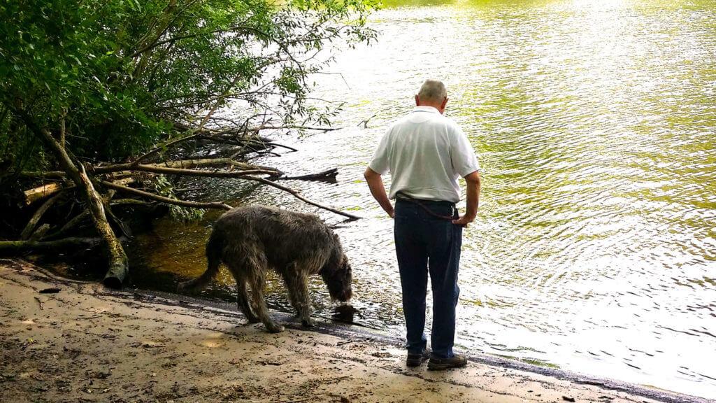 Mann und Hund am Schlachtenseeee